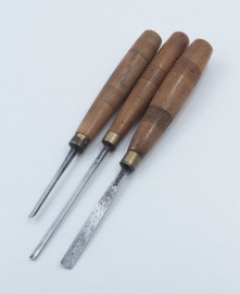 3 ADDIS & HERRING CARVING GOUGES