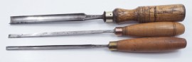 3 GOOD SMALL WARD PARING GOUGES