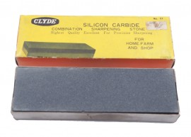 BOXED CLYDE SILICON CARBIDE STONE