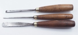 3 GOOD CARVING GOUGES